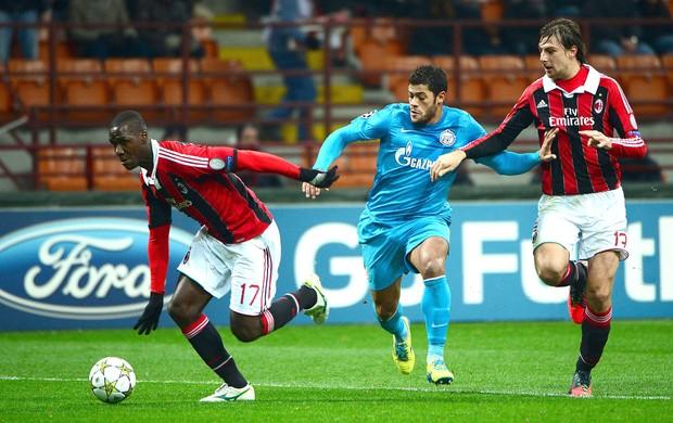 Zapata e Hulk, Milan e Zenit (Foto: Agência AFP)