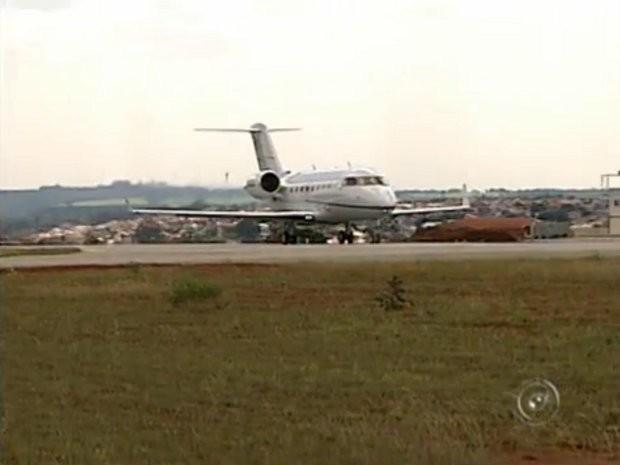 Ruídos de pousos e decolagens incomodam moradores de bairros próximos a aeroportos (Foto: Reprodução / TV Tem)