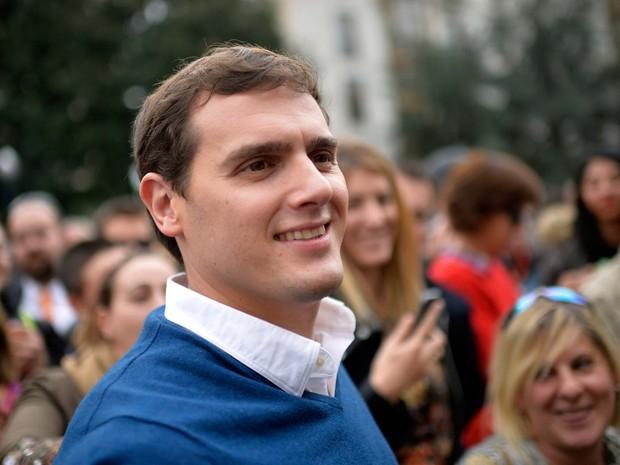 Albert Rivera, de 3 anos, candidato a chefe do governo espanhol pelo partido Ciudadanos (Foto: REUTERS/Vincent West)
