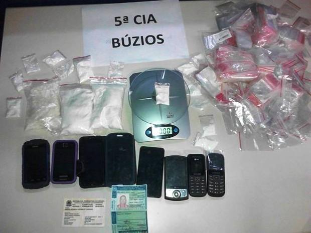 Boliviana foi presa traficando cocaína em Búzios (Foto: Polícia Militar)