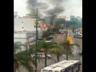 Incêndio atinge prédio abandonado na Avenida Farrapos, em Porto Alegre