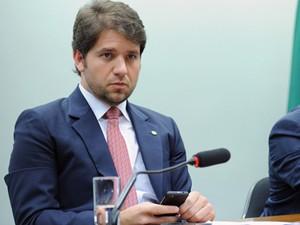O deputado Luiz Argôlo (SDD-BA) preside audiência na Câmara para discutir licitações da Petrobras para sondas de perfuração do pré-sal, em setembro de 2013 (Foto: Gabriela Korossy/Câmara)
