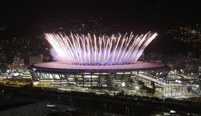 Maracanã, fogos, cerimônia de abertura Olimpíada Rio de Janeiro (Foto: REUTERS/Pilar Olivares)