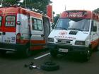 Caminhão colide com fiação e deixa Samu de São Carlos, SP, sem telefone