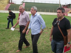 Milton Aparecido da Silva, Cel. Marinho, estádio Fortaleza, Barretos (Foto: Roberto José / Barretos Esporte Clube)