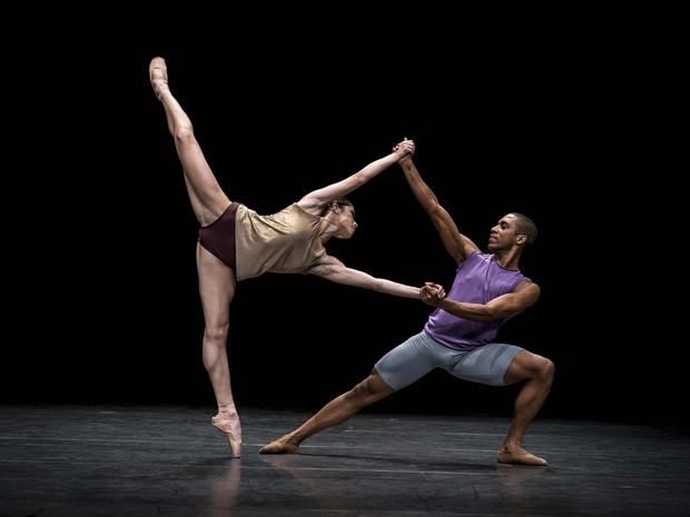 São Paulo Companhia de Dança apresenta 'workwithinwork' em Fortaleza (Foto: Clarissa Lambert/ Divulgação)