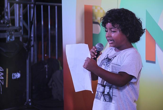 Igor chamou a atenção do público com seu timbre de voz (Foto: Katiúscia Monteiro/ Rede Amazônica)