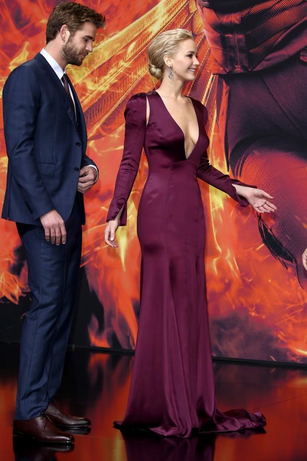 Jennifer Lawrence na pré-estreia de Jogos Vorazes: A Esperança - Parte 2, em Berlim (Foto: Getty Images)
