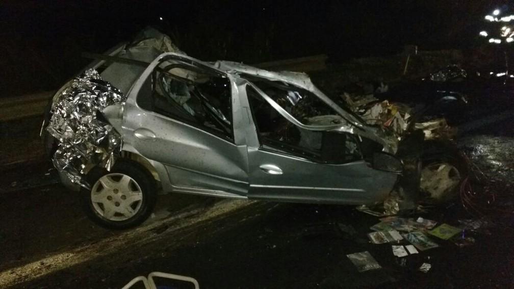 Acidente aconteceu na Rodovia João Mellão (SP-255) em Avaré  (Foto: Divulgação/Polícia Militar Rodoviária)