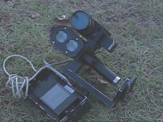Radar móvel foi danificado na tarde desta quarta-feira (14) (Foto: Reprodução/TV TEM)