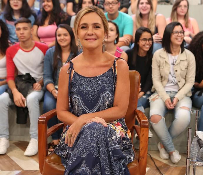 Adriana Esteves participa da gravação do programa Altas Horas (Foto: Carol Caminha/Gshow)
