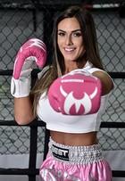 Nicole Bahls entra no muay thai para emagrecer 7kg