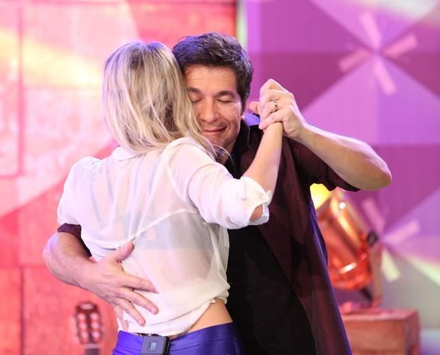 Luiza Possi e Daniel dançam no ensaio das Batalhas (Foto: Isabella Pinheiro/ Gshow)