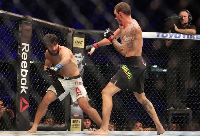 Renato Moicano x Zubaira Tukhugov UFC 198 (Foto: Giuliano Gomes/PR PRESS)