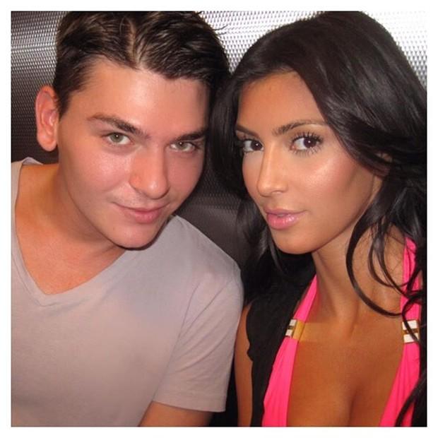 Kim Kardashian em foto antiga (Foto: Instagram / Reprodução)