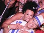 Sheron Menezzes tieta Monarco da Portela em feijoada no Rio