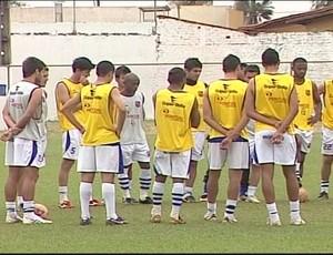 Ituiutabana priorizou as finalizações no último treino antes do jogo (Foto: Reprodução/TV Integração)