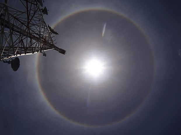 [Imagem: halo_solar.jpg]
