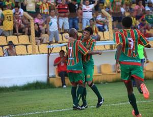 Setor do meio-campo fez 60% dos gols do Sampaio (Foto: Douglas Junior/O Estado)