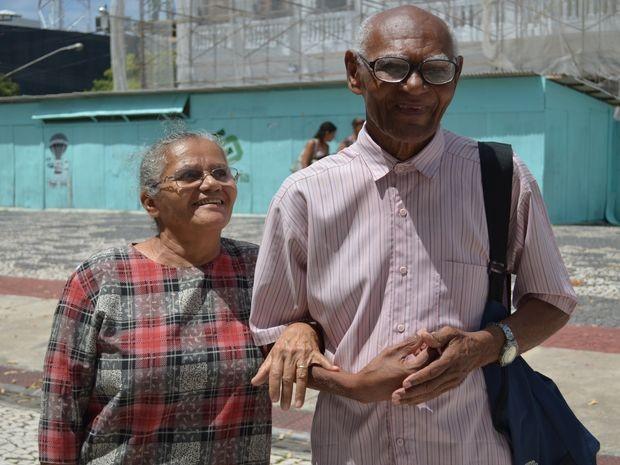 Joselita e Isidório estão casados há 33 anos e vão fazer teste para o HIV pela 1ª vez (Foto: Marina Fontenele/G1)