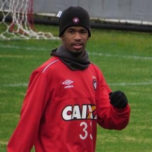 Ewandro Atlético-PR (Foto: Fernando Freire)