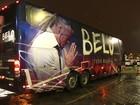 Belo abre a suíte do seu ônibus de viagem: 'É muita responsabilidade'