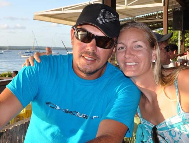 Karin com o marido e técnico Wesley (Foto: Arquivo Pessoal)