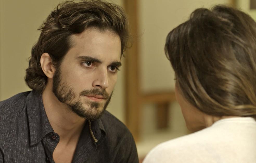 O que será que Ruy vai aprontar contra a amante de Eugênio? (Foto: TV Globo)