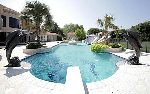 casa Kenyon Martin, jogador da NBA piscina fonte (Foto: Reprodução)