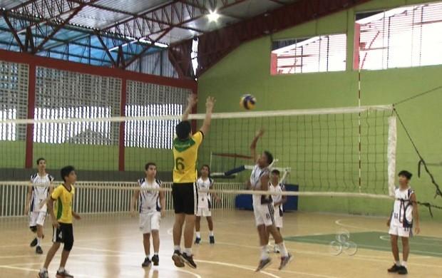 Atletas comemoram classificação nos jogos escolares em Roraima (Foto: Bom Dia Amazônia)