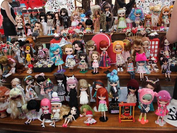 Bonecas Blythes e suas colecionadoras são sempre antenadas com a moda (Foto: Patrícia Andrade/G1)