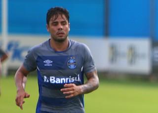 Henrique Almeida treino do Grêmio (Foto: Lucas Uebel/Divulgação Grêmio)