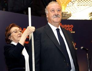 Vicente del Bosque tira medidas para o Museu de Cera (Foto: EFE)