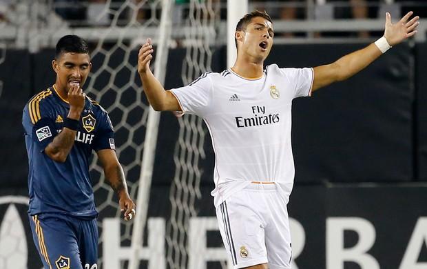 Real Madrid vence por 3 a 1 Los Angeles Galaxy em torneio de pré-temporada / AP