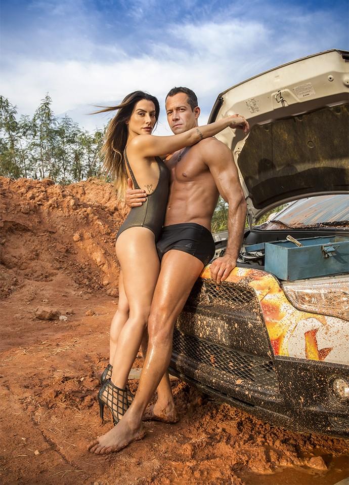 Cleo e Malvino como Tamara e Apolo em ensaio fotográfico da Fórmula Rally (Foto: Beto Roma)