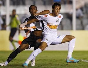 neymar santos junior Cesar atletico-mg (Foto: Ricardo Saibun / Site Oficial do Santos)