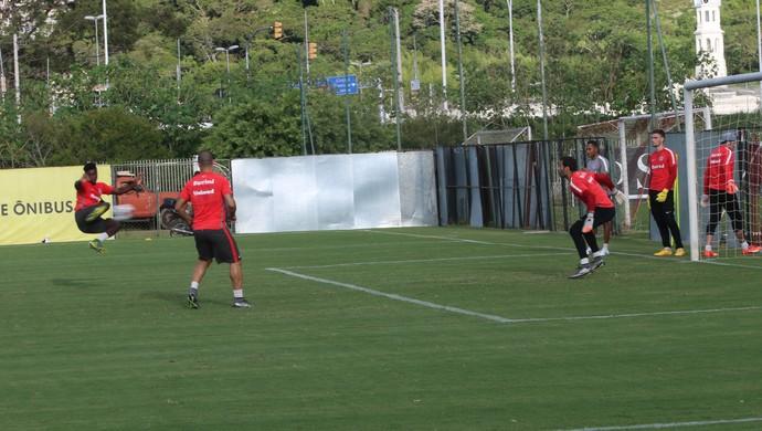 Inter, treino, Parque Gigante, Eduardo (Foto: Tomás Hammes/GloboEsporte.com)