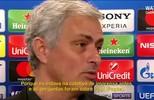 José Mourinho se irrita com perguntas sobre Pogba, mas depois abraça repórter (reprodução/vídeo)