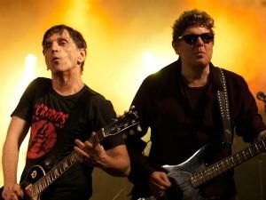 Paulo Miklos, à esquerda, e Branco Mello, à direita, em show do Titãs (Foto: Renato Oliveira/Arquivo Pessoal)