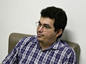 Prefeito Igson Monteiro afirmou que depredações tiveram motivação política (Foto: Diego Toledano/ G1 AM)