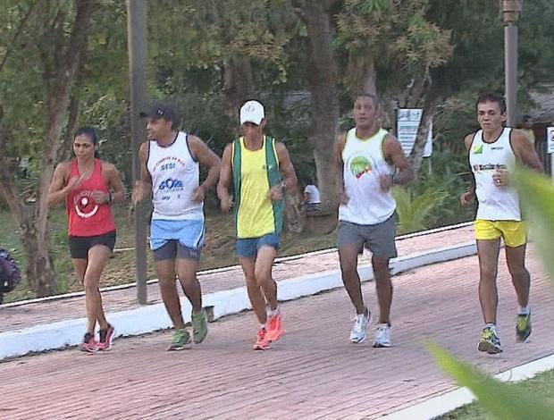 Atletas acreanos se preparam para Circuito Chico Mendes de Corrida de Rua (Foto: Reprodução/TV Acre)