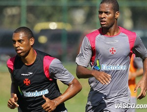 douglas dedé vasco treino (Foto: Marcelo Sadio / Site Oficial do Vasco)