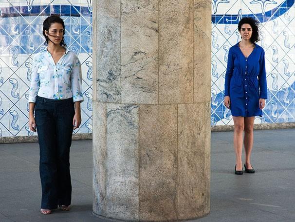 Camila Márdila (à esq.) e Liliane Rovaris dividem o palco com Breno Nina (Foto: Bruno Mello)