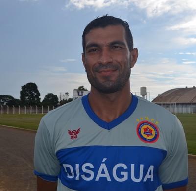 Marinho, zagueiro do Vilhena (Foto: GloboEsporte.com/ro)