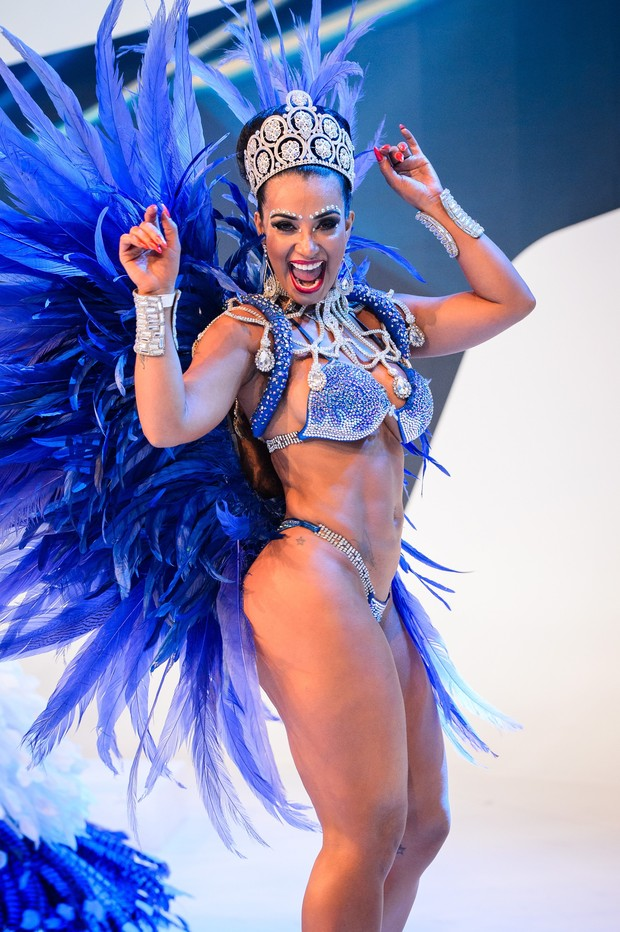 Cinthia Santos, da Águia de Ouro (Foto: Ramon Vasconcelos/Globo)