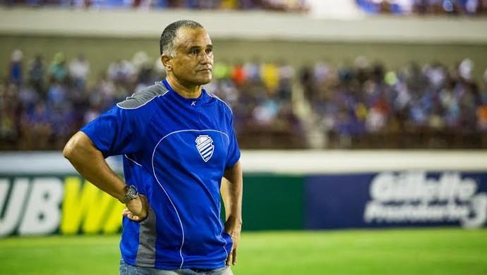Oliveira, Canindé, técnico do CSA (Foto: Jonathan Lins/G1)