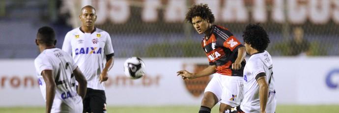 Willian Arão, Flamengo X Atlético-PR (Foto: Gilvan de Souza / Flamengo)