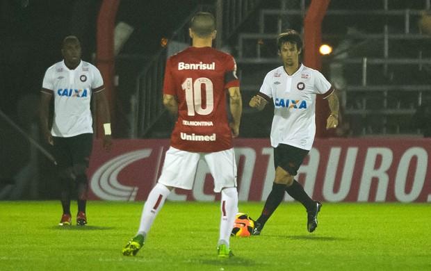 Internacional e Atlético-PR copa do Brasil (Foto: Vinicius Costa / Vipcomm)