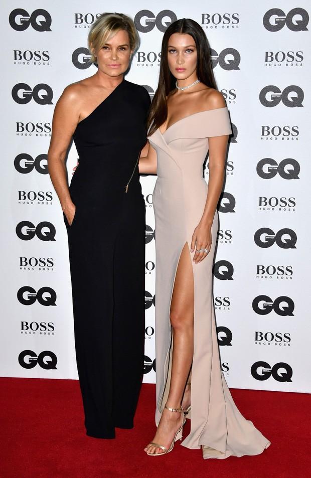 Yolanda Hadid e Bella Hadid (Foto: Gareth Cattermole/Getty Images)