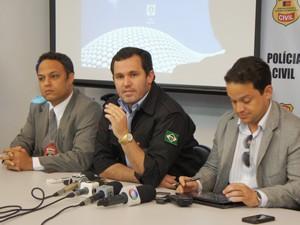 Delegados apresenteram detalhes do sequestro da irmã do jogador Hulk durante uma entrevista coletiva nesta quarta-feira (7) em Campina Grande (Foto: Silas Batista/G1)